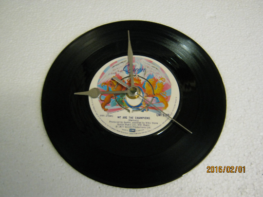 "Queen - ""We Are The Champions"" 7"" Vinyl Record Wall Clock"