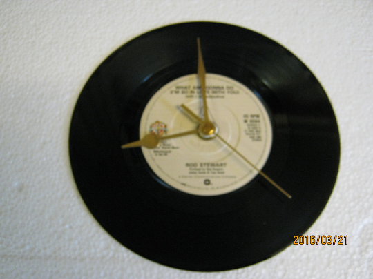 "Rod Stewart - ""What Am I Gonna Do (I'm So In Love With You)"" Record Wall Clock"