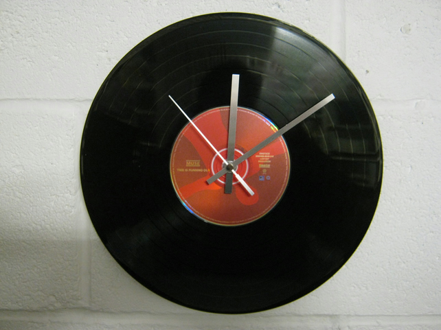 "Muse -  ""Time Is Running Out"" 12"" CD & Vinyl Record Wall Clock"