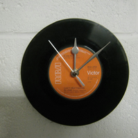 "Elvis Presley  - ""I Can't Help Falling In Love"" 7"" Vinyl Record Wall Clock"