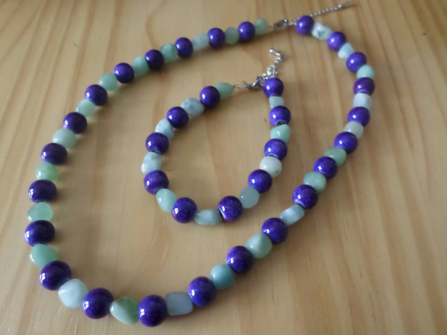 Green jade beaded necklace set