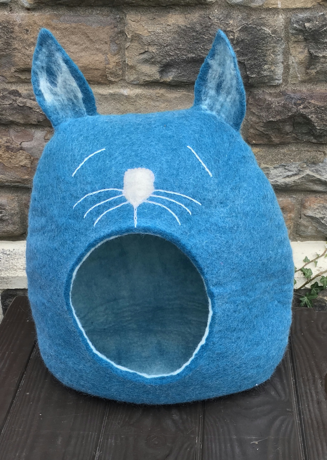 Wool felted Lazy Cat house