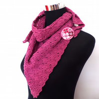 Hand crochet 100% cotton scarf with co-ordinating textile brooch pin