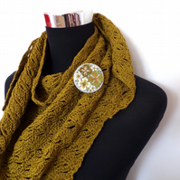 100% cotton hand crochet scarf with co-ordinating embroidered textile brooch pin