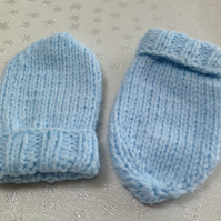 Baby Mittens 0-3 months - NOW 10% REDUCTION