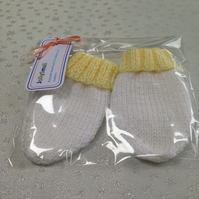 Baby Mittens 3-6 months - NOW 10% REDUCTION