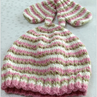 Baby Beanie Hat and Mittens set  6-12 months - NOW 10% REDUCTION