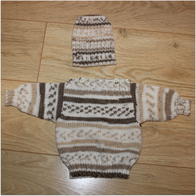 3 - 6 months Jumper and Beanie