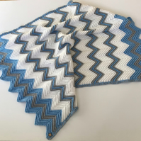 Baby Blanket handcrocheted chevron stripes