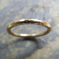 Women's handmade gold ring
