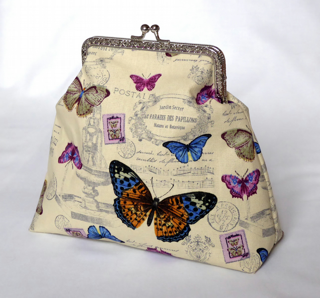 Vintage Style Butterfly Kiss Clasp Bag