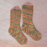 Hand knitted cosy socks MEDIUM size 5-7