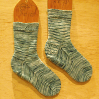 Hand knitted merino wool socks SMALL size 4-5