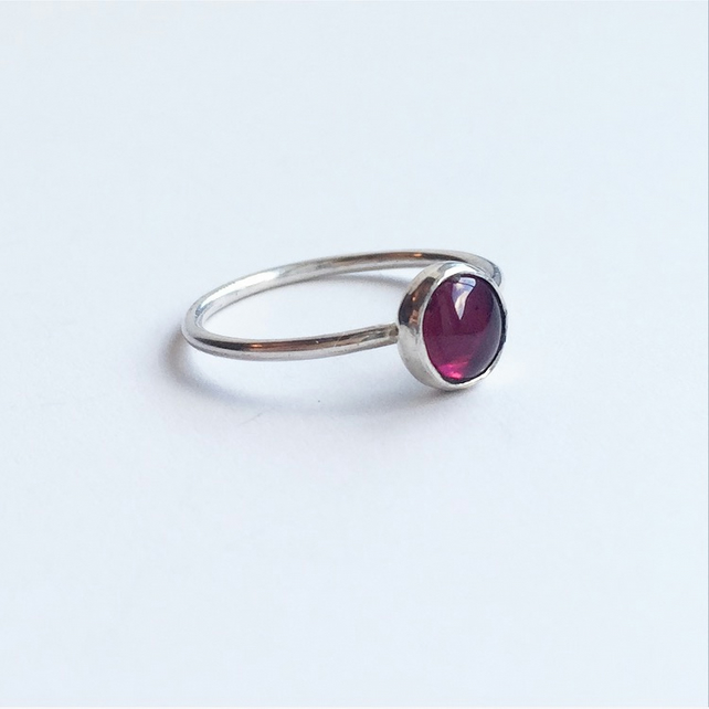 Rhodolite garnet red sterling silver ring