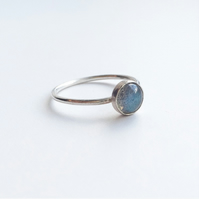 Sterling silver labradorite dot ring
