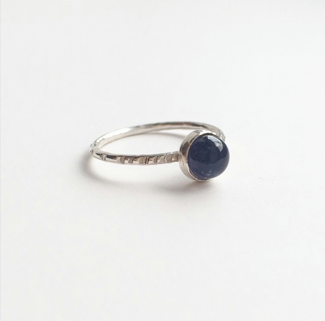 Sterling silver blue iolite dot ring