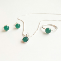 Sterling Silver Green Agate Set - ring, necklace and stud earrings