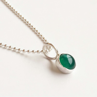 Sterling Silver Green Agate Pendant Necklace