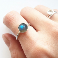 Sterling Silver Labradorite Checker Cut 8mm Gemstone Ring