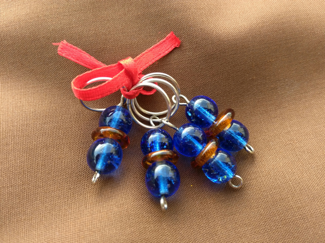 Stitch Markers blue and orange glass beads, set of 4.