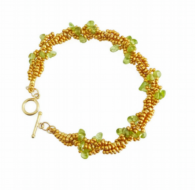 Peridot and Gold Beaded Bracelet