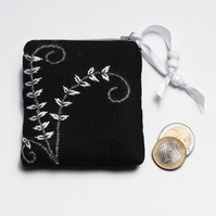 Black linen coin purse with monochrome fern embroidery