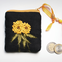 Back linen coin purse with hand embroidered clover