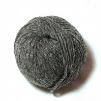 Undyed Pure Wool Lopi Yarn – Natural Grey Bluefaced Leicester – 25g Ball