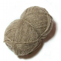 Undyed Pure Wool 4-ply Yarn – Natural Coloured Beige – 50g Ball