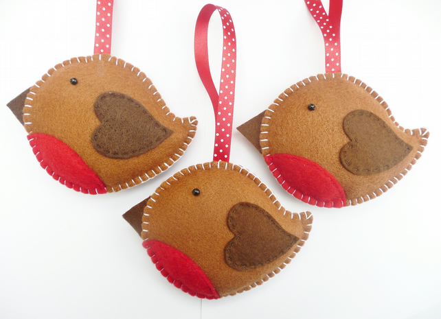 Make Your Own Felt Robin Christmas Decoration | Sew Sensational