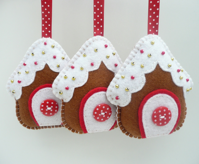 X3 gingerbread house felt christmas decorations folksy - How to make felt christmas decorations ...
