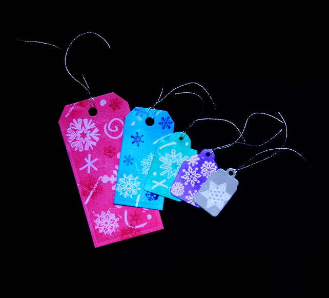 Coloured Snowflakes - set of  5 - Handcrafted Christmas Gift Tags - dr16-0069