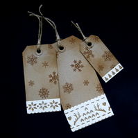Krafty Flakes - set of 3 - Handcrafted Christmas Gift Tags - dr16-0071