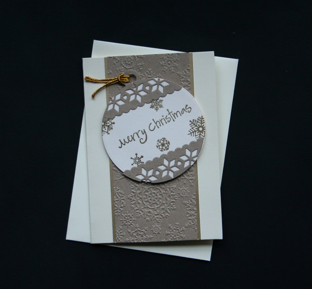 Cream Bauble - Handcrafted Christmas Card - dr16-0094