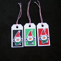 Trio Of Penguins - set of 3 - Handcrafted Christmas Gift Tags - dr170054