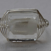 Sterling Silver and Glass Bead Herringbone Ring in White and Silver