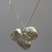 Ivy Leaf Pendant in Fine Silver with a Sterling Silver Chain