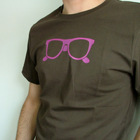 'Sunglasses' brown men's/unisex t-shirt