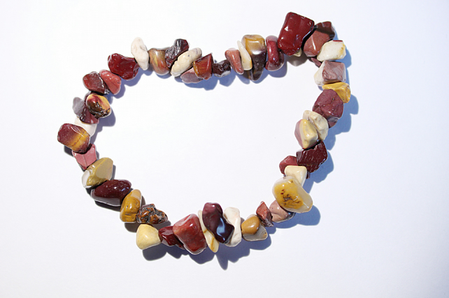 Mookaite gemstone chips elasticated bracelet, stacking bracelet, power bracelet