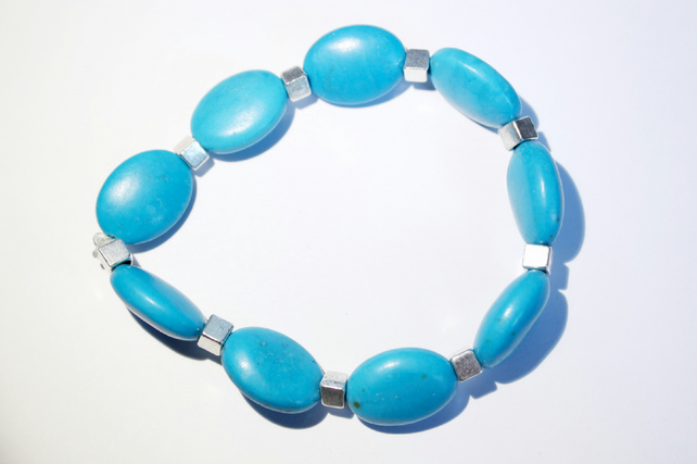 Turquoise dyed howlite oval bead stacking bracelet
