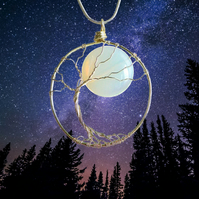 Full Moon Necklace - Tree and moon - Nature necklace - Halloween witch necklace