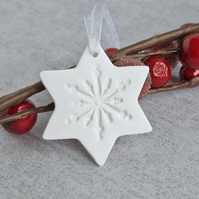 1 White Christmas Star Decoration