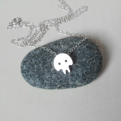spooky skull necklace in sterling silver