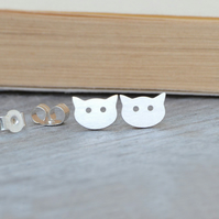 kitty cat earring studs in sterling silver