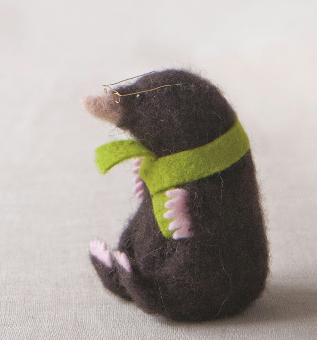Mole Needle Felt Kit - suitable for beginner to needle felting