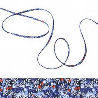 Wilmslow Berry B - Liberty fabric spaghetti cord, bracelet making