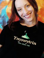 Womans Medium T shirt, Organic cotton and fairwear (Ynyswytrin Glastonbury)
