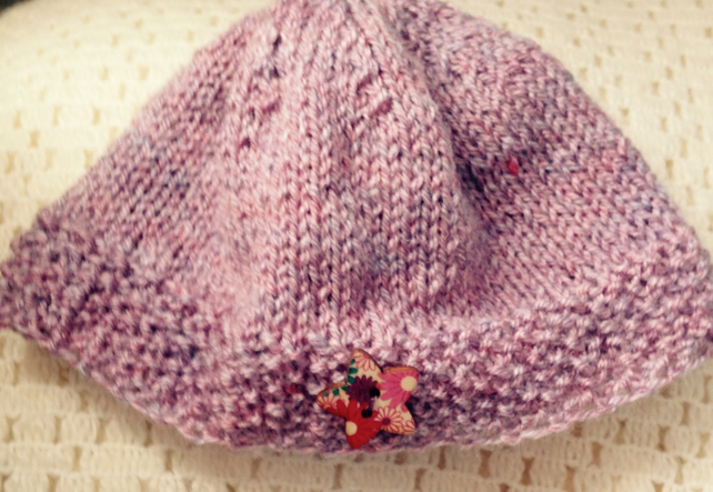 0-3 pink hand knitted  hat