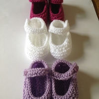 3-6 months hand knitted booties