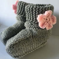 12-18 m hand knitted grey booties